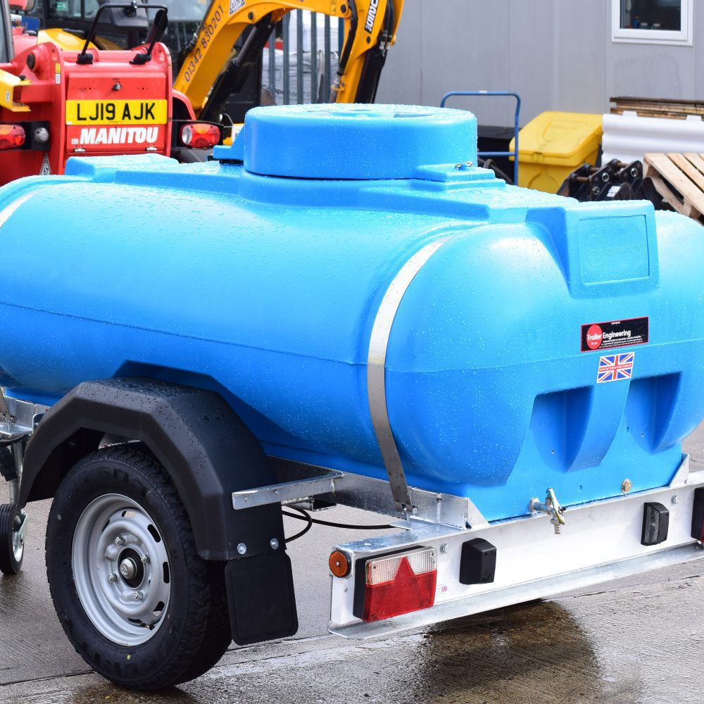 Towable Water Bowser For Hire